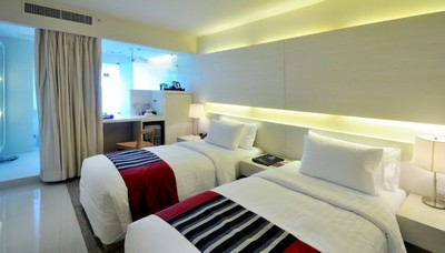 รูปภาพ Hotel For Sale Sukhumvit 13 50Rooms 142sqw 220MTHB Lower than Market Price, 100% Occupancy Rate